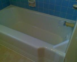 Old bathtub repair and refinish in gloss white